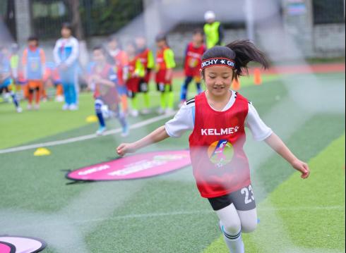 """""""女孩足球节""""让梦想与欢笑在绿茵场绽放(1)1132.png"""