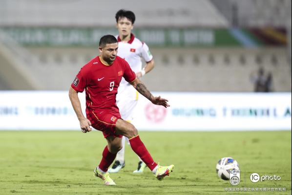 中国队3-2战胜越南队 取得12强赛首胜526.png